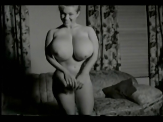 Amateur Big Tits  Natural Vintage