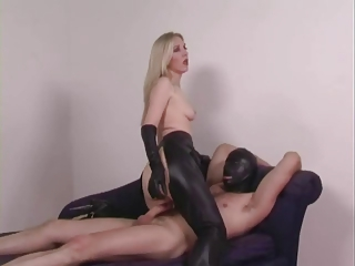 Sex In Leathers