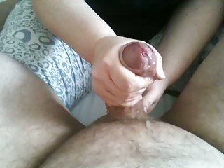 CUMSHOT BY HANDJOB - Spritzen nach Massage