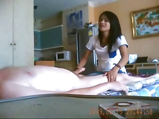 Amateur Asian Daddy Handjob Homemade Interracial Old and Young Teen