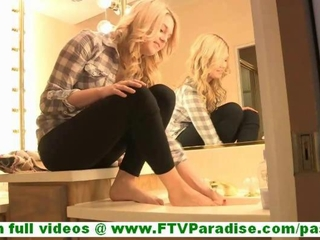 Chloe petite cute amateur bazaar cleaner ang licking feet..