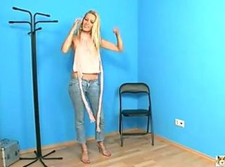 Amateur Blonde Casting Jeans Teen