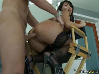 Asa Akira satisfying her customer