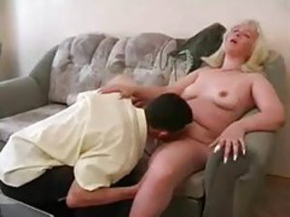 Fat blonde fucked by young skinny guy tubes