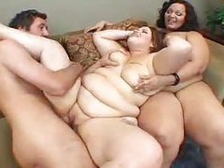 He takes turns fucking two hot fat chicks tubes