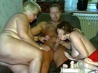 Amateur  Blowjob Mature Mom Old and Young Threesome