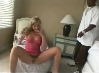 Passionate whore heavy squirting while black dude drilling her anal.