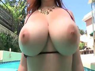 Noelle Easton Busty Natural 2
