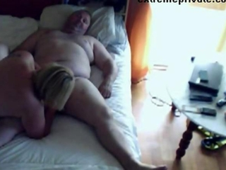 Voyeuring Mama sucking cock neighbor
