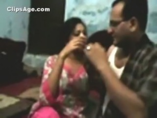 Indian desi guy Sumal fucking his servants daughter Hemangi at home leaked free