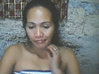 FILIPINA MOM RACHEL PACIBLE 40 FROM CEBU SHOWS HER BOOBS