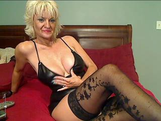 Amazing Big Tits Blonde Mature Stockings Webcam