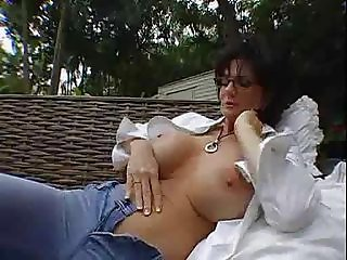 Mom&amp,#039,s Squirting Explosion