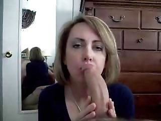 Mom deepthroating and swollow dad cum