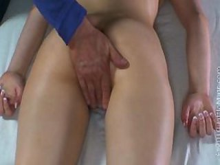 Bree Daniels - Massage