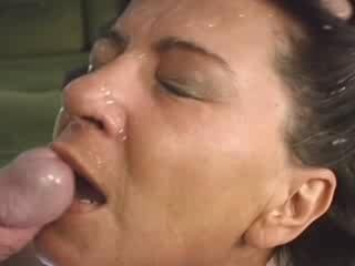 "Hot Granny Fucked And Creamed !!"" class=""th-mov"