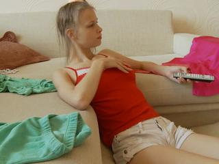 "Perfect Russain Teen Bj And Swallowed"" class=""th-mov"