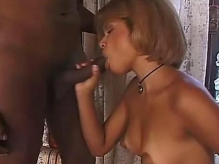 Black shemale fucked off out of one's mind transexual lady