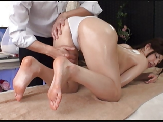 Oil Massage Beautiful Bride's Secret