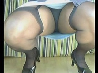Chubby Mature Stockings Upskirt