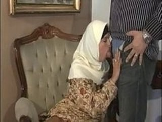 ARAB Muslim HIJAB Turbanli Nice Tits DOGGY FUCK Blowj...