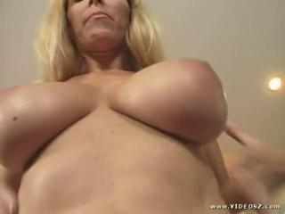 Big Tits Blonde  Natural
