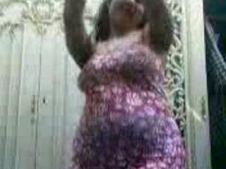 "Hot Egyptian Milf Sexy Dance "" class=""th-mov"