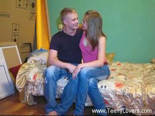 Amateur Kissing Teen