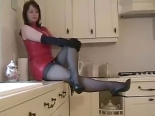 NYLON MISTRESS IN KITCHEN