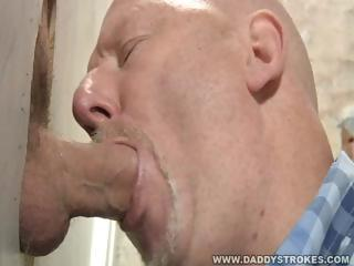 Gloryhole Suck And Jerk