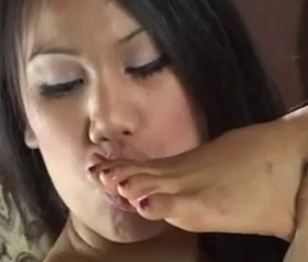 asian foot shellacking