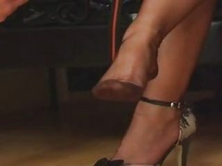 "Fully Fashioned Nylon Stockings..."" target=""_blank"