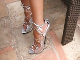"Extrem Assuming Heels"" target=""_blank"