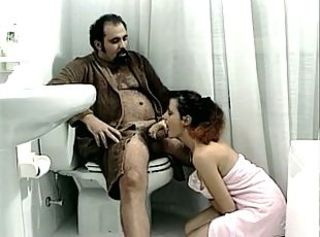 Blowjob Daddy Daughter European Italian Old and Young Teen Toilet