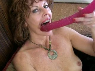 Milf Rubs Her Pussy To Orgasm Sex Tubes