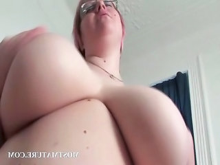 mature blonde masturbates bitch in bedstead