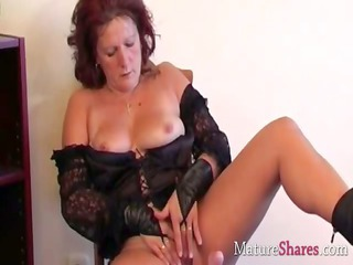 dirty mature lady dana in solo