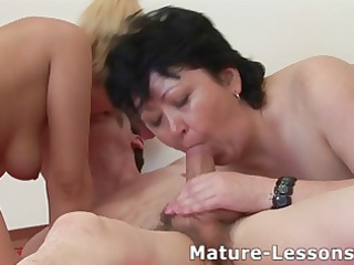 Blowjob Family Mature Mom Old and Young Threesome