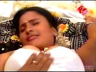 Telugu House Wife First Night-time Hot Bed Room Chapter - Ci...