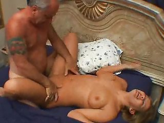 Older Guy Fucks Curvy Dabbler