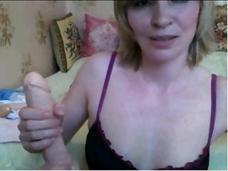Blonde WebCam Milf plays with dildo