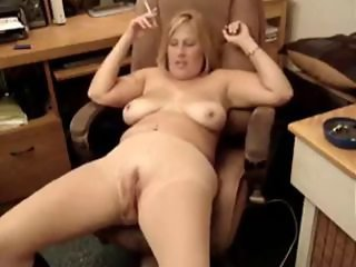 hot chubby milf smoking 1