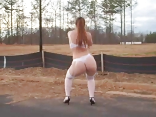 Amateur Ass Dancing Outdoor Public Teen