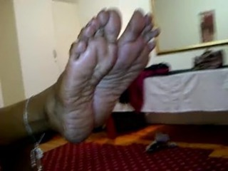 Grown up Indian Footjob
