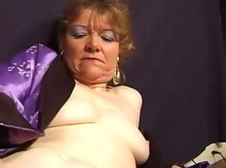 Casting and gangbang a French amateur mature