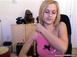 Pretty Teen Danni Summers showing her big tits on cam