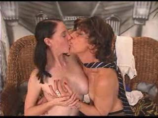 Casting Kissing Teen