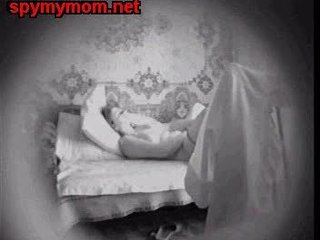 "Mummy Masturbating In Bed. Hidden Cam"" class=""th-mov"