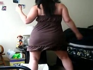 FAT girl dancing