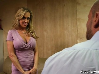 Busty cougar Brandi Love fucks cock for chance at fame
